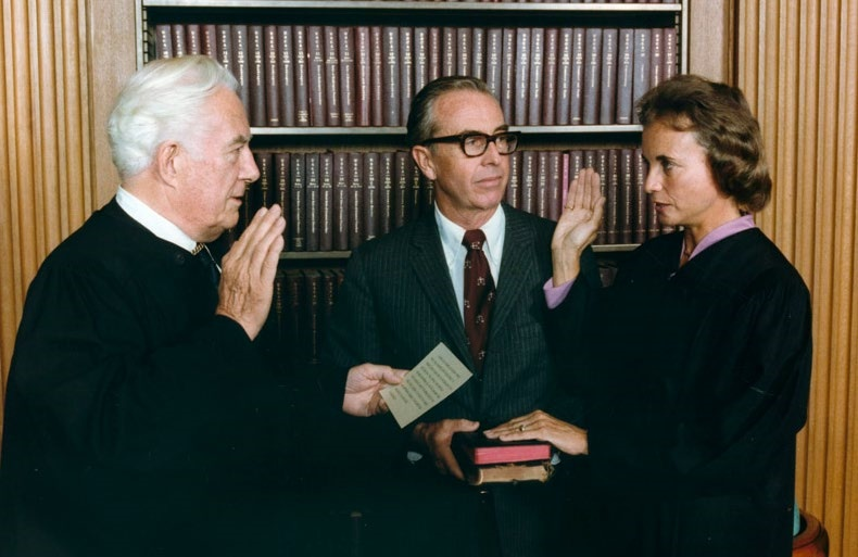 Justice O'Connor swearing in